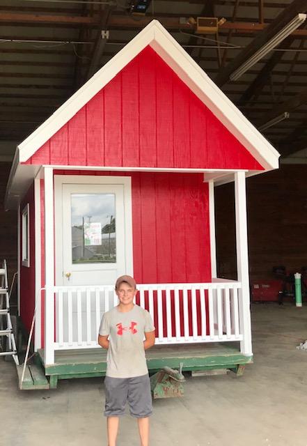 Carmi Santa House Gets Major Facelift Courtesy of 14 Year Old Craftsman