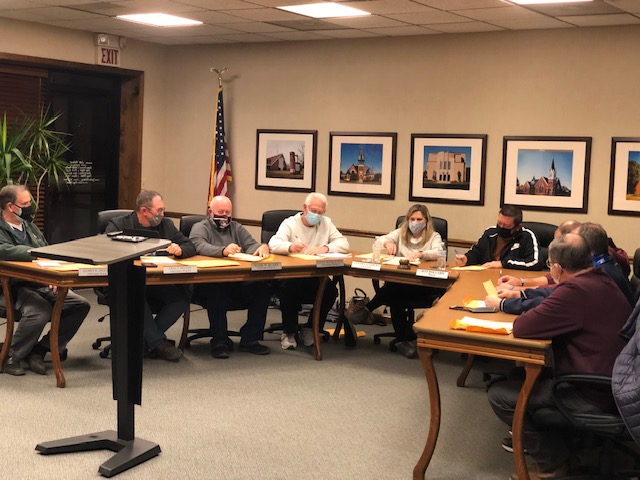 Carmi Council Goes for Record in Brevity; Spends Nearly $100,000 on Projects and New Equipment