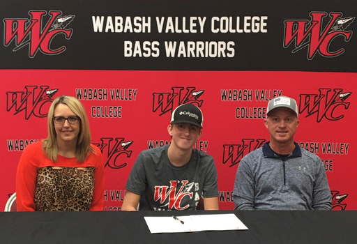 WVC Bass Team Signs Calen Banks of Herod, Ill.