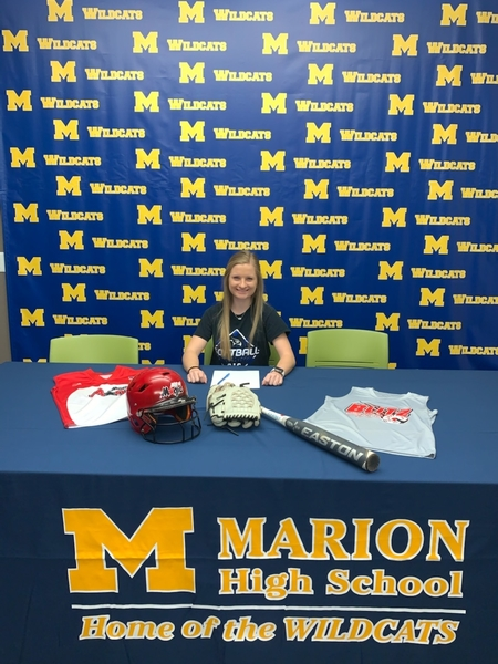 Cox Signs to Play Softball with SIC