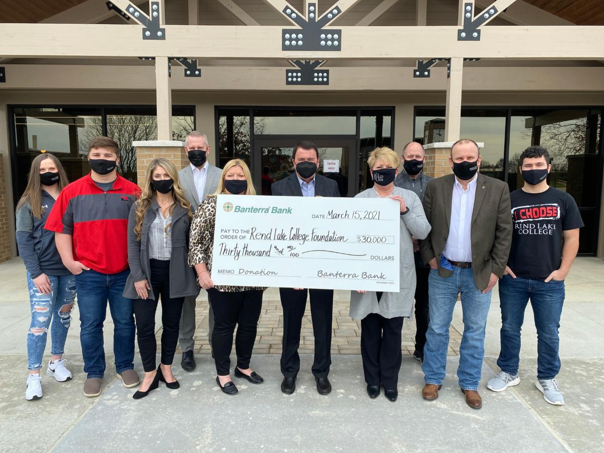BANTERRA BANK DONATES $30,000 TO REND LAKE COLLEGE FOUNDATION; SUPPORTS EXPANSION TO LEARNING RESOURCE CENTER AT INA CAMPUS