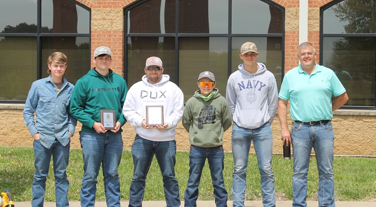 Carmi White County Takes Third at FFA Section 225 Ag Mechanics Competition