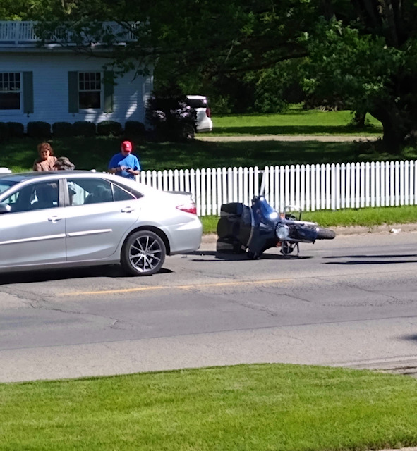 Motorcycle Accident Wednesday Sends Carmi Man to Hospital