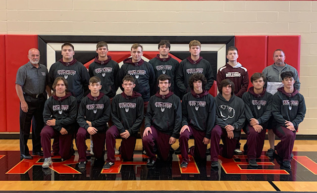 CWCHS Wrestlers Finish Season Strong Wednesday
