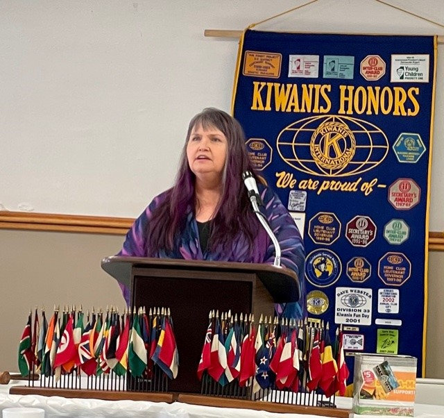 Howe Special Guest of Carmi Kiwanis